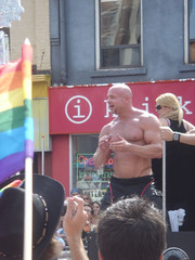 Gay Luke Garrett