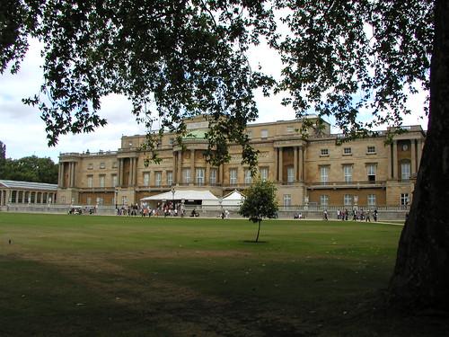 Buckingham Palace and Royal Mews 056
