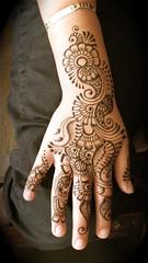 lupe's hand henna (HennaLounge) Tags: india floral arabic henna mehndi khalijee