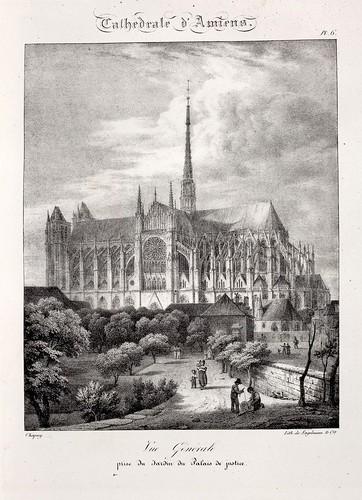Amiens04- Vista general tomada desde el jardin del Palacio de Justicia