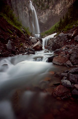 A Quiet Evening at Comet Falls (Ar'alani) Tags: longexposure ice nature landscape waterfall washington nationalpark rainier nd400 cometfalls hoyamoose