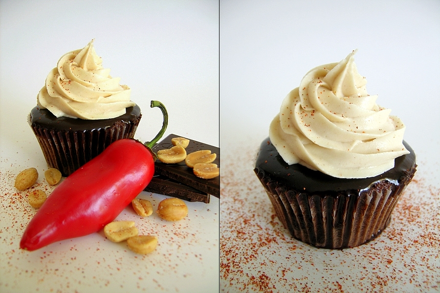 Iron Cupcake Earth: Chili Pepper