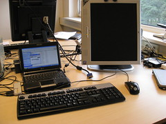 EEEPC 901 met 19 inch monitor (foto door: PiAir (Old Skool))