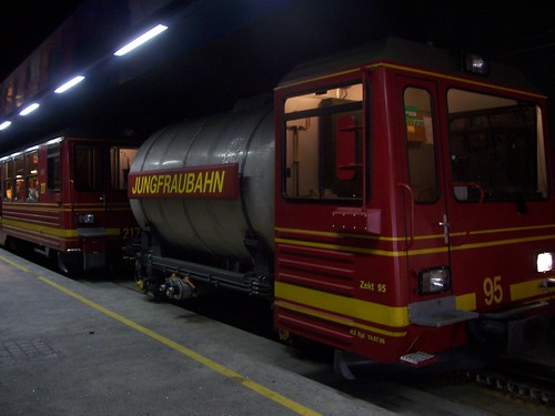 Jungfraubahn water tank train