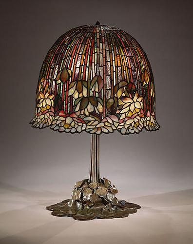 009-Lotus (o lirio de agua) lámpara de mesa, 1904-15