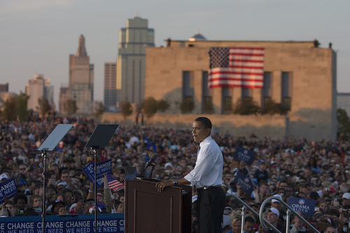 20081018_KansasCity_MO_LibertyMemorialRally0748 by Barack Obama.