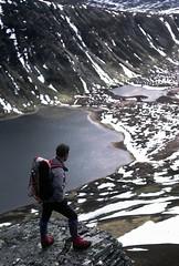 An Dun (the44mantis) Tags: mountain snow walking landscape scotland hiking hill escocia walker loch rucksack corbett schottland schotland ecosse scozia drumochter gaick lochanduin