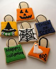 Trick Or Treat Bag Cookies (nikkicookiebaker) Tags: cookies