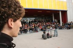 assemblea in bovisa (To/\/\/\/\i) Tags: 350d riot milano davide 133 politecnico assemblea studenti manifestazione bovisa riforma gelmini frosi