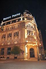 fachada-banco-pastor-vigo