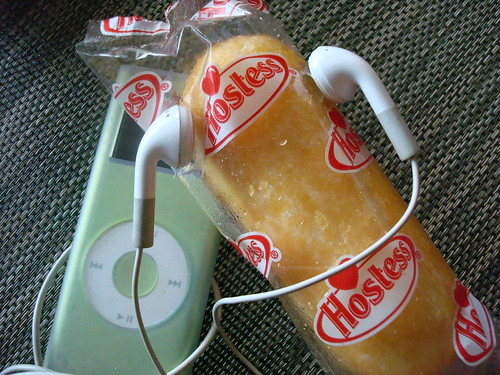 Twinkie #7: Listening to Randy Newman