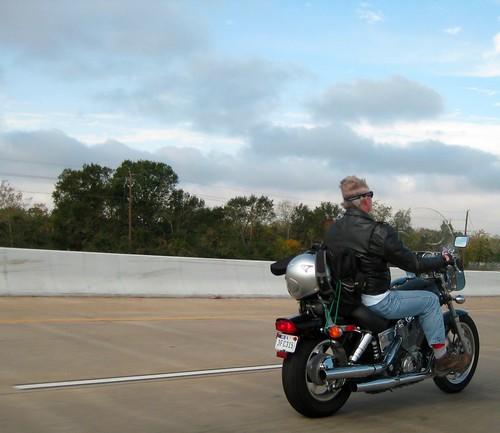 Motorcyclist (20081129.025)