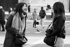 Turiste (.and+) Tags: street city people bw italy woman white black milan donna italia milano persone donne duomo laughting biancoenero turisti cinesi citt ridere giapponesi canonef50mmf14usm duepersone turiste ridono milanopeople