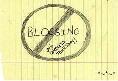 Blogless_Logo_sm