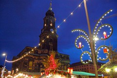 Christmas Market in Dresden, Germany (Tobi_2008) Tags: germany deutschland dresden nightshot saxony christmasmarket weihnachtsmarkt sachsen tobi allemagne germania nachtaufnahme striezelmarkt kreuzkirche abigfave platinumphoto goldstaraward