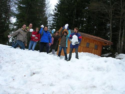 Jugando con la nieve Austriaca