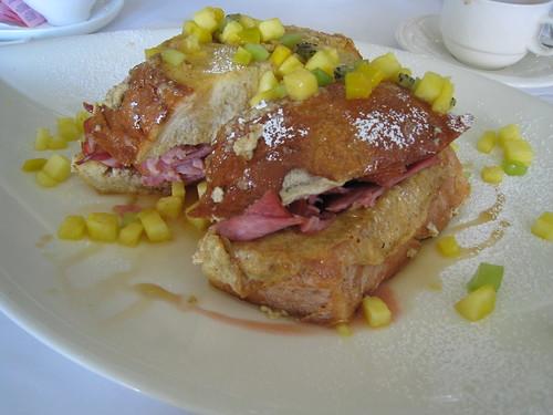 french toast & ham sandwich at Thuet (by yuko 'n sherlock)