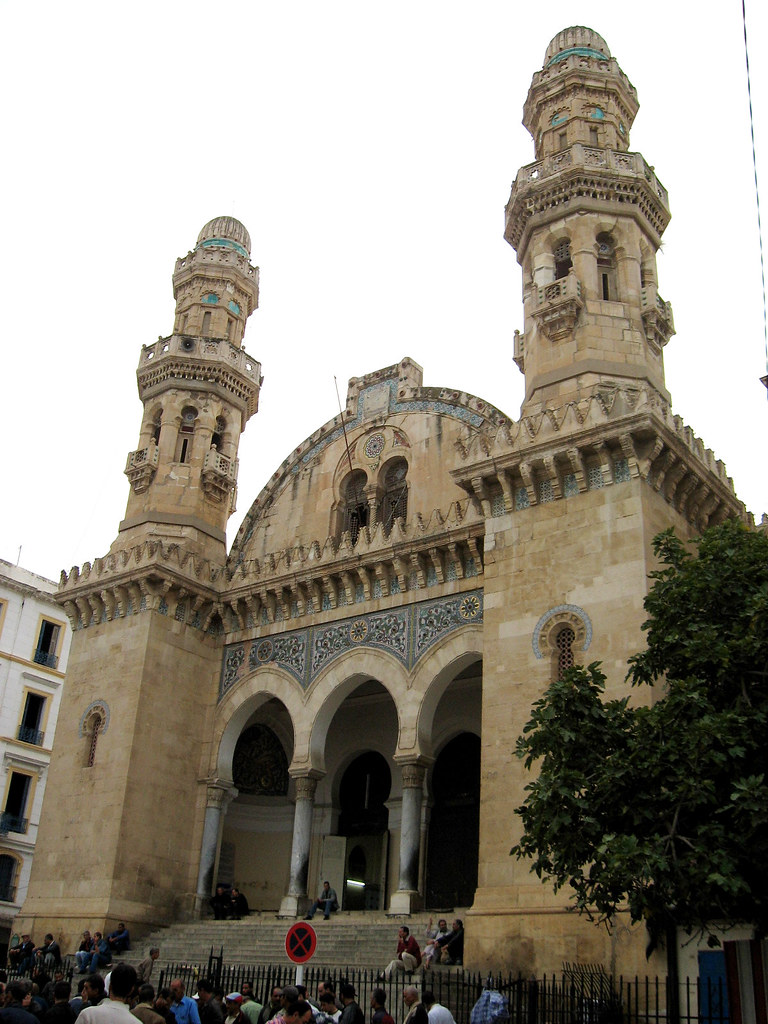 Kabir - The Great Mosque, the oldest of Algiers and Ketchaoua Mosque.x