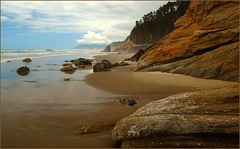 Oregon rocks! (jurek d.) Tags: ocean sea usa beach nature oregon landscape rocks pacific abigfave jurekd goldstaraward natureandnothingelse