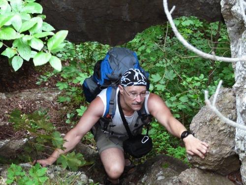Emil unter der Felsspange