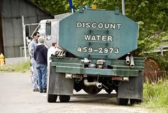 Discount Water (Curtis Gregory Perry) Tags: auto usa oregon america us automobile pacific northwest united mobil pacificnorthwest motor states automvil xe automobil     samochd  kotse  otomobil   hi   bifrei  automobili   gluaisten