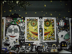 Rigaer Strae 5 (erelevil) Tags: voyage streetart berlin graph yeux mur bd alternatif sourir
