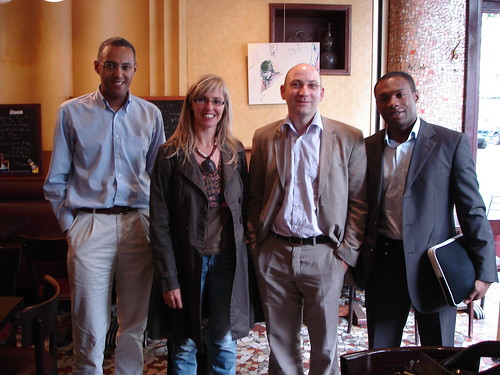 Les Palermitains (de droite à gauche) : Jean-Patrick (technique), Bertrand (ergonomie), Cécile (graphisme) et moi