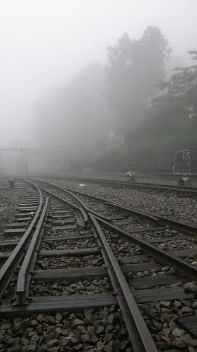 17.矇矓的鐵軌