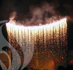 Silver Waterfall (EpicFireworks) Tags: show fireworks pyro 13g epic pyrotechnics