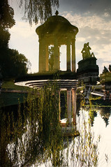 Lake of illusions (Fabio Ricco) Tags: park trees parco lake water statue alberi clouds reflections garden lago temple mirror reflex nuvole willow illusion genoa genova villa illusions weepingwillow acqua riflessi statua giardino specchio riflesso salice tempio pegli pallavicini illusione illusioni salicepiangente theunforgettablepictures colourartaward ghesemmu