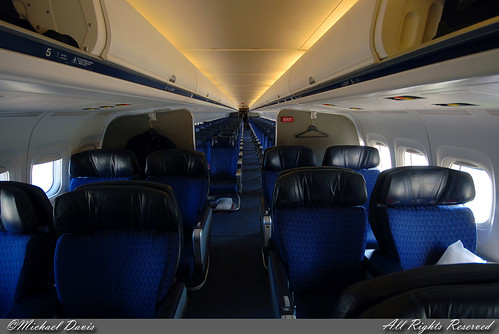 American Airlines MD-82 Cabin pictures
