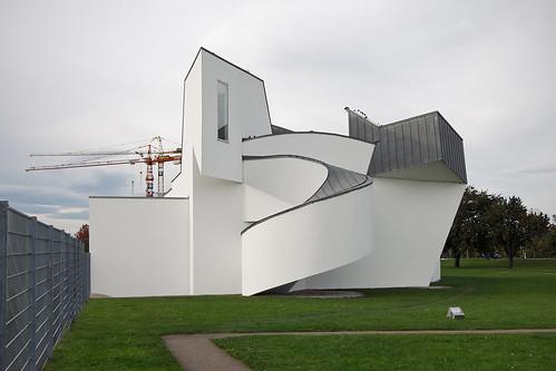 herzog and de meuron the phil Herzog & de meuron basel ltd, or herzog & de meuron architekten, bsa/sia/eth (hdm), [citation needed] is a swiss architecture firm with its head office in basel, switzerland.