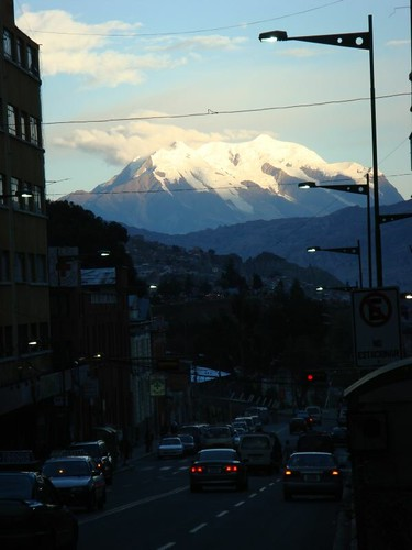 Majestic Illimani (some 6.400 m) looming over La Paz...
