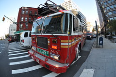 Ladder 110 Tillary Tigers (Triborough) Tags: nyc newyorkcity ny newyork brooklyn 110 fisheye firetruck ladder fdny seagrave downtownbrooklyn laddertruck kingscounty newyorkcityfiredepartment ladder110 tillarytigers