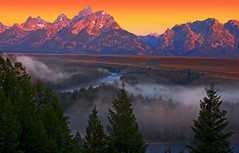 Color in the Sky (Jeff Clow) Tags: fog bravo wyoming grandtetonnationalpark snakeriveroverlook jeffrclow