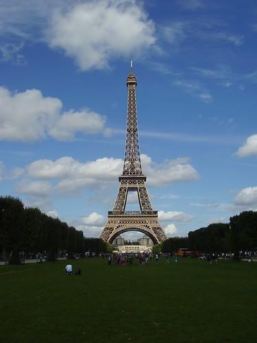 Torre E.