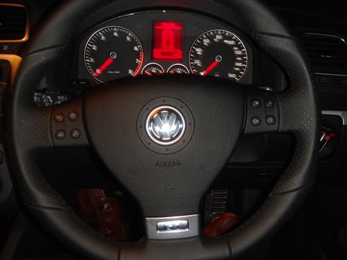 how to change steering wheel