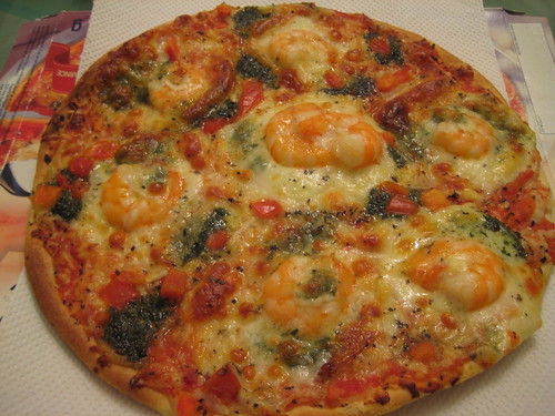 Baked Pizza with Shrimp