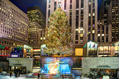 Merry Christmas (Tony Shi Photos) Tags: nyc newyorkcity fountain rockefellercenter christmastree merrychristmas holidayseason rockefellerplaza prometheusstatue  midtownmanhattan iceskatingrink      thnhphnewyork  concoirse