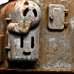 Happy or Sad? (m_janitz) Tags: door old face rust decay machine rusty prema metalhead capeverde kappverde kappverdecapeverde