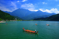 (nodie26) Tags: mountain lake color water pool canon boat scenery tour dragon lakes deep taiwan  hualien                  40d  colorphotoaward     memomotion