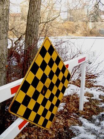 a bikepath sign