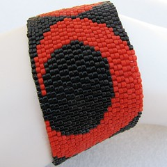 High Drama in Red and Black Peyote Cuff (2207)