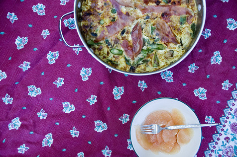 saturday morning frittata and grapefruit