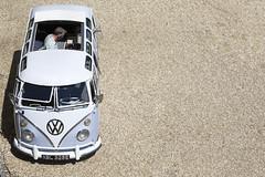 Boogie Bus (cybertect) Tags: blue vw volkswagen dj explore van berkshire bracknell splitscreen canoneos5d easthampsteadpark canonef70200mmf28lisusm dubsatthepark boogiebus xbl325e
