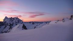 Sunrise (chaletlaforet) Tags: mountaineering chamonix aiguilledumidi cosmiquesarte