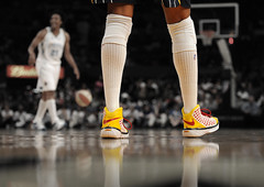 Tamika Catchings (noamgalai) Tags: wnba newyorkliberty legs shoes low tamikacatchings indianafever noamgalai msg madisonsquaregarden floor loreemoore nike bball basketball ball sport sports socks  wwwnoamgalaicom photography allrightsreserved photomania  photo picture   photograph noamg     sitesports sitemain