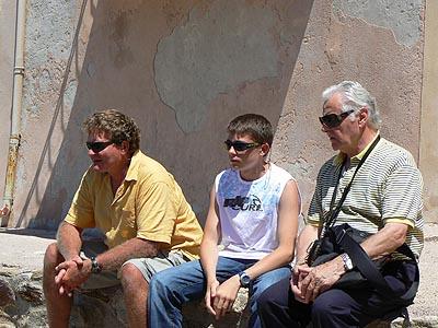 3 hommes à saint trop.jpg