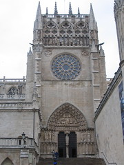 """Burgos Cathedral • <a style=""""font-size:0.8em;"""" href=""""http://www.flickr.com/photos/48277923@N00/2622800846/"""" target=""""_blank"""">View on Flickr</a>"""