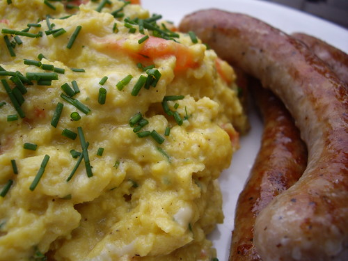 Scrambled Eggs with Tomatoes and Fines Herbes